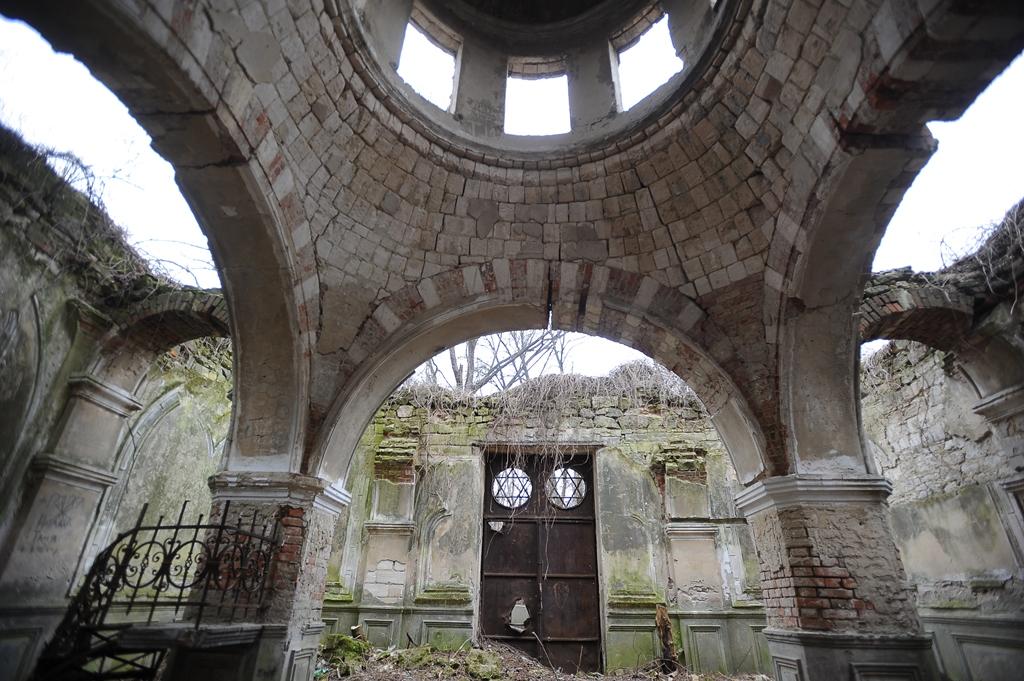 Imagini pentru cimitirul evreiesc chisinau